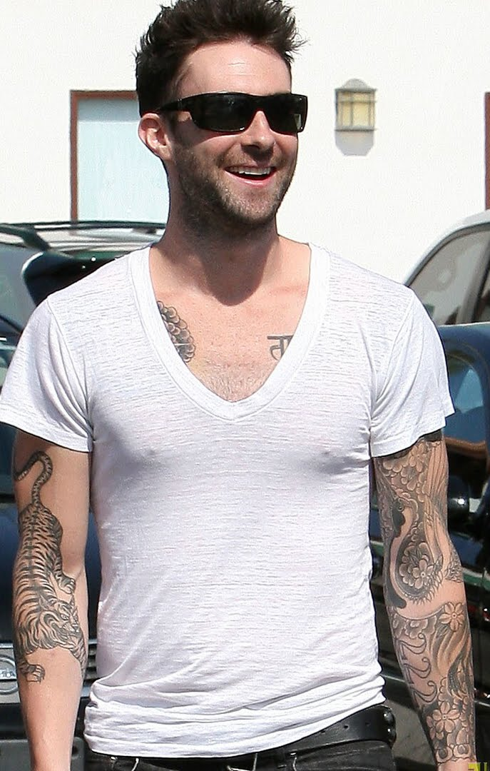 World famous celebrities adam levine and full tattoos on for Adam levines tattoos