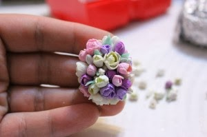 кулон своими руками,кулон из полимерной глины,кулон из пластики,кулон с цветами