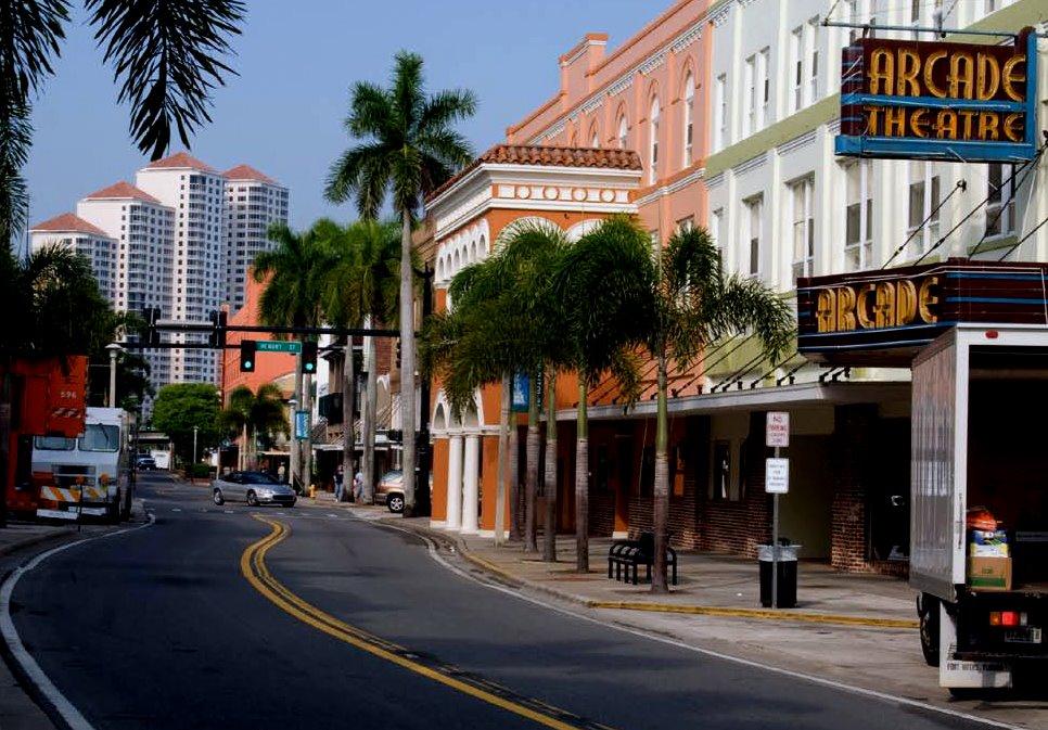 Florida Disneyland: Fort Lauderdale Skyline Night : Downtown Fort Lauderdale Myers Miami Beach