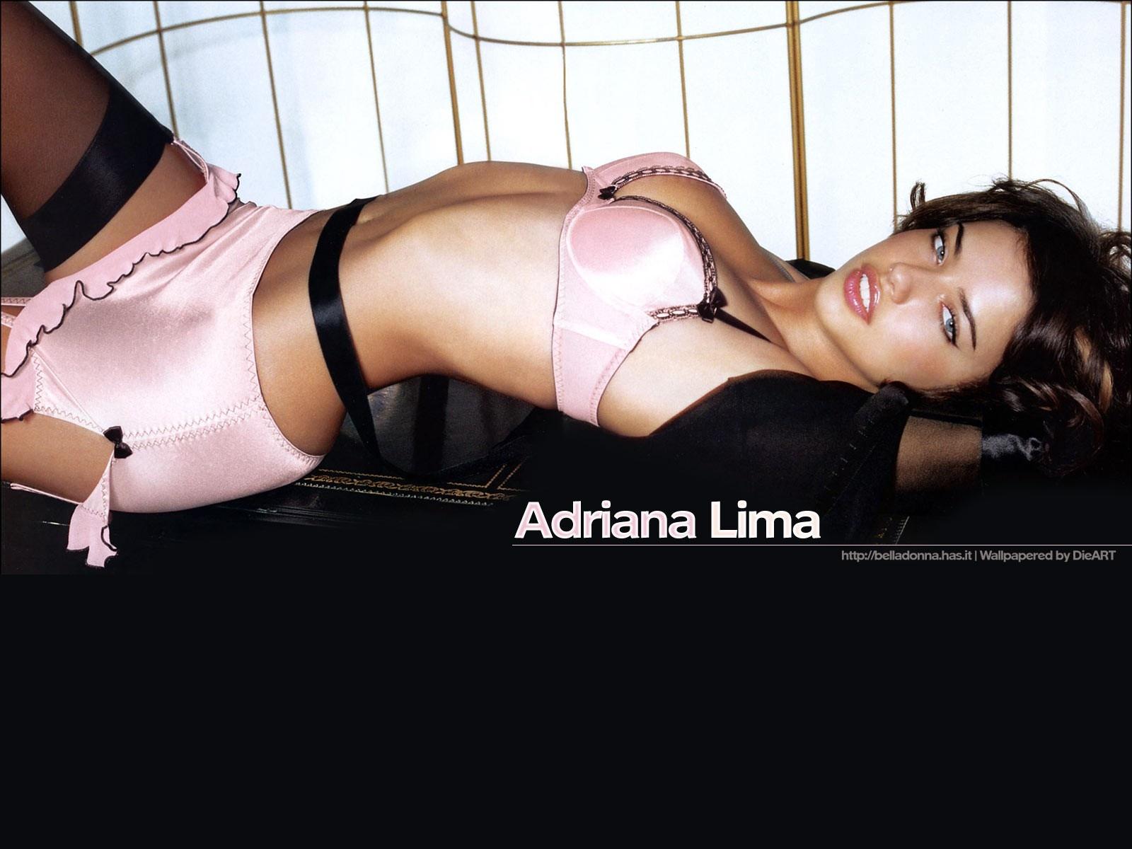 http://1.bp.blogspot.com/-_ZNLuWeRNP8/Tdb-3qHNFaI/AAAAAAAAAT0/0_gU7jKb5Fk/s1600/Adriana-Lima-412.jpg