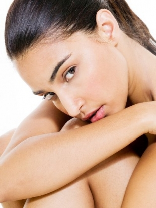 5-Habits-to-Quit-for-Better-Looking-Skin