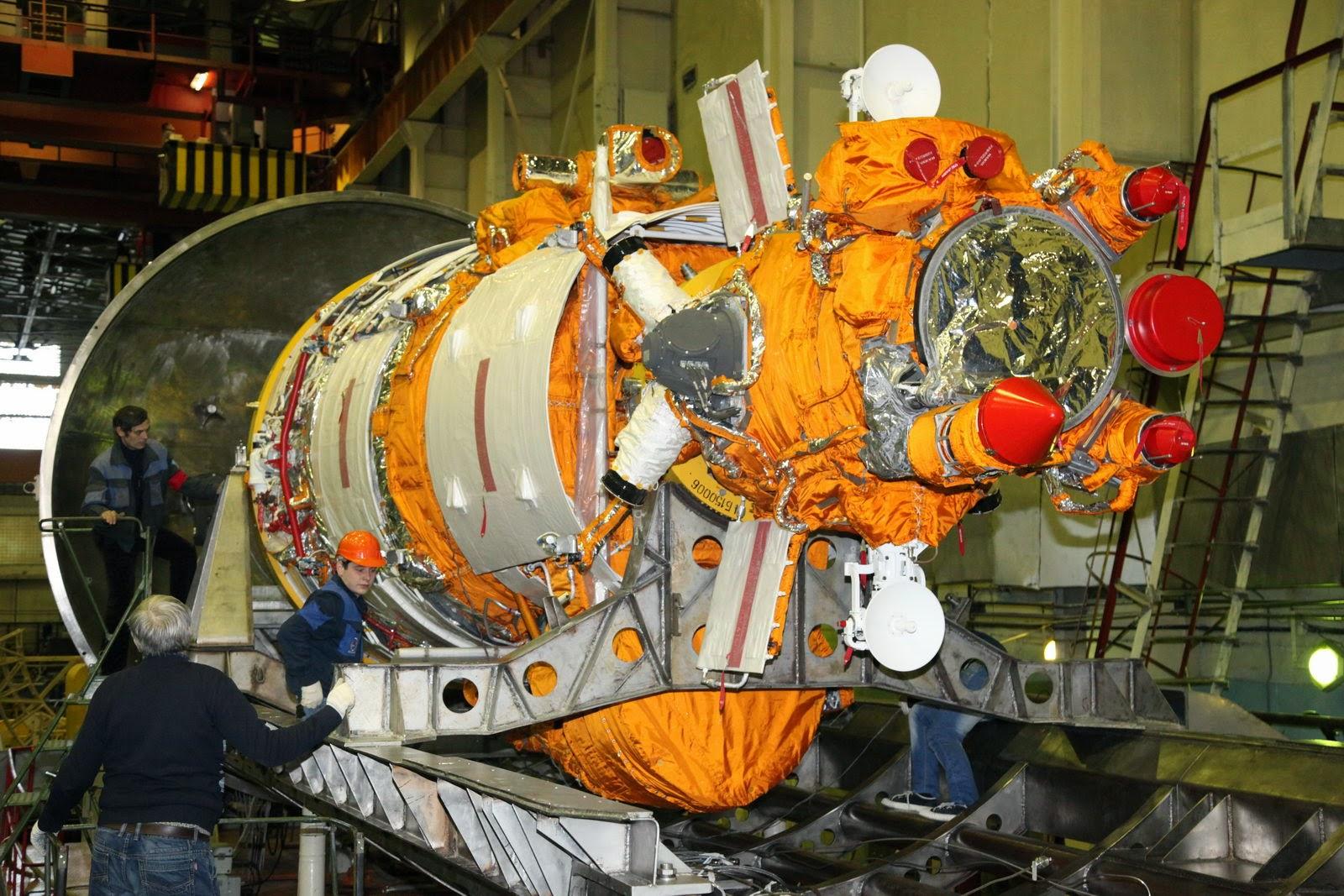 Resurs-P2 satellite. Credit: Roscosmos