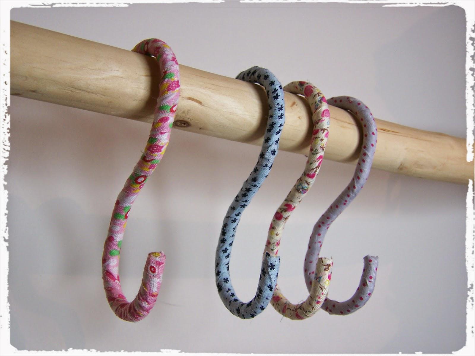 Madialeva manualidades reciclaje ideas de costura y - Ganchos para colgar ...