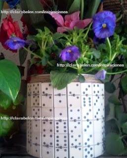 http://clarabelen.com/inspiraciones/6061/macetero-hecho-con-piezas-de-domino-recicladas-ideal-para-el-dia-del-padre/
