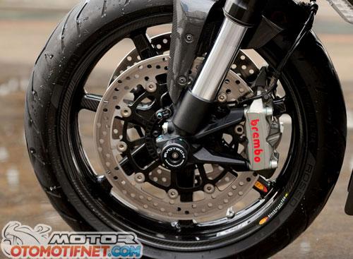 Modifikasi Ducati Diavel Full Carbon