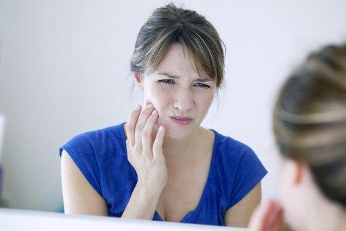Les remèdes naturels les plus efficaces contre le mal de dent