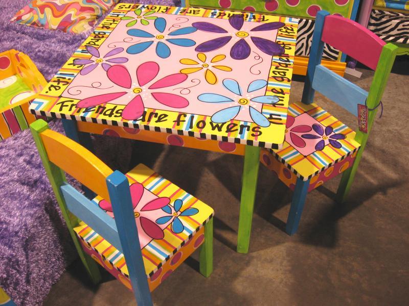 Как разукрасить детский столик