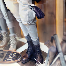Brunello Cucinelli men's leather gloves and lace up boots.