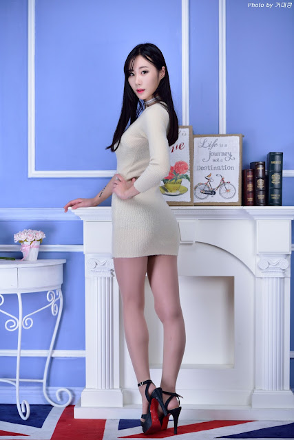 4 Lee Yoon Hee - Three Studio Sets - very cute asian girl-girlcute4u.blogspot.com