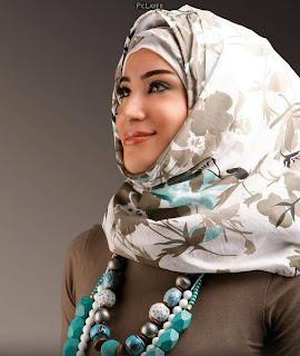 Itulah model hijab 2014 untuk dewasa 3 dan satu buat anak-anak