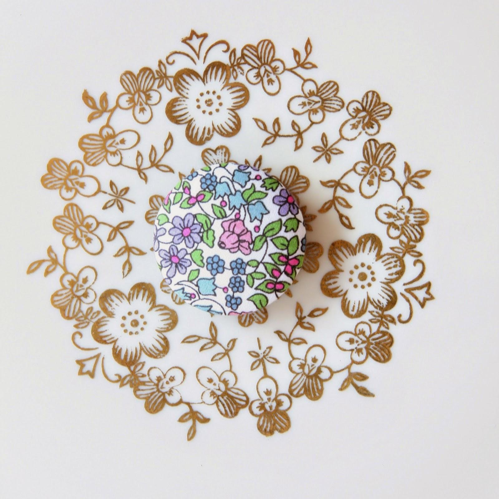 Liberty astor stofknapper - Emilias Flowers - 32mm - Fine pastelfarver