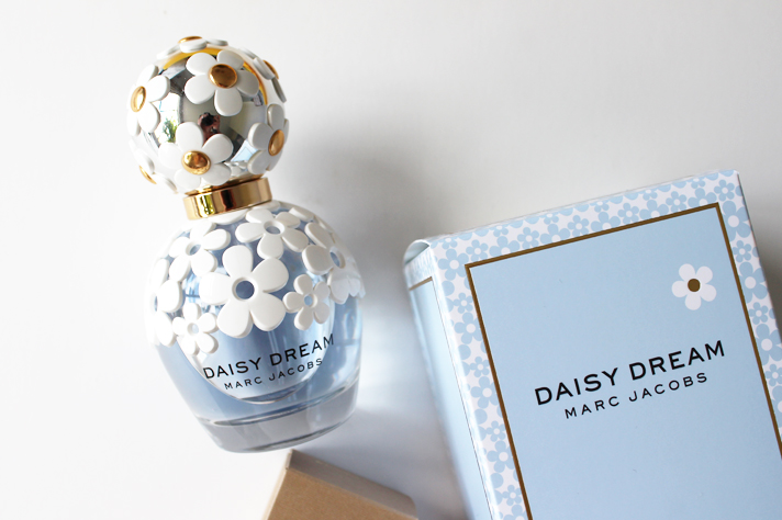 SUMMER SERIES #002 // The Fragrances - CassandraMyee