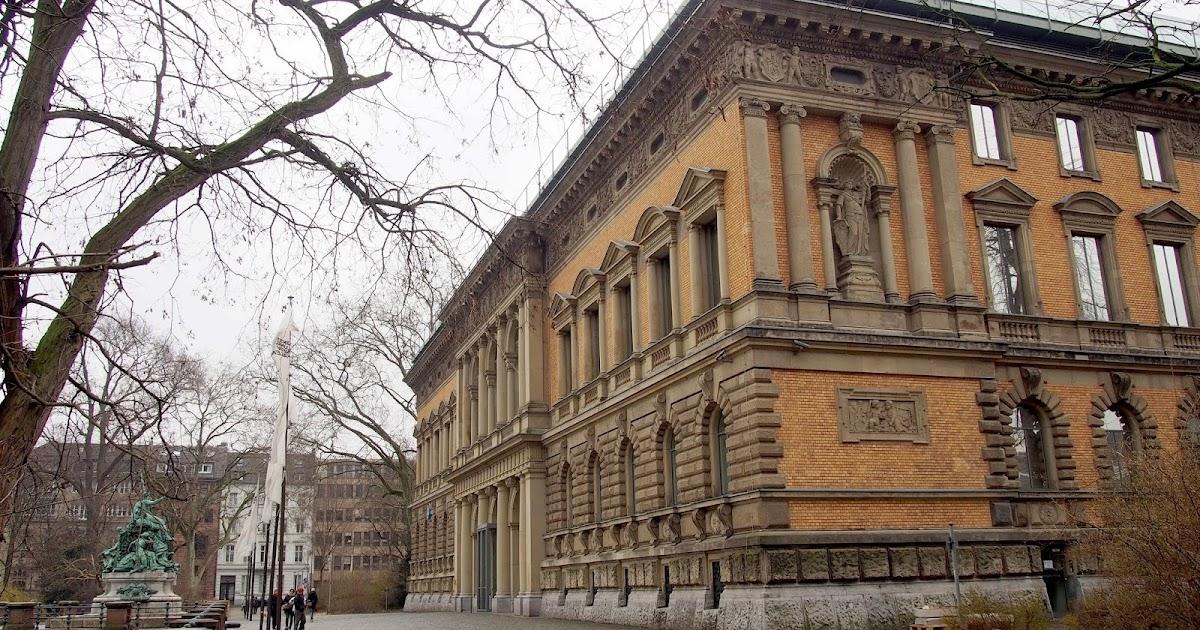 Dusseldorf 2013 Kunstsammlung Standehaus Museum K21
