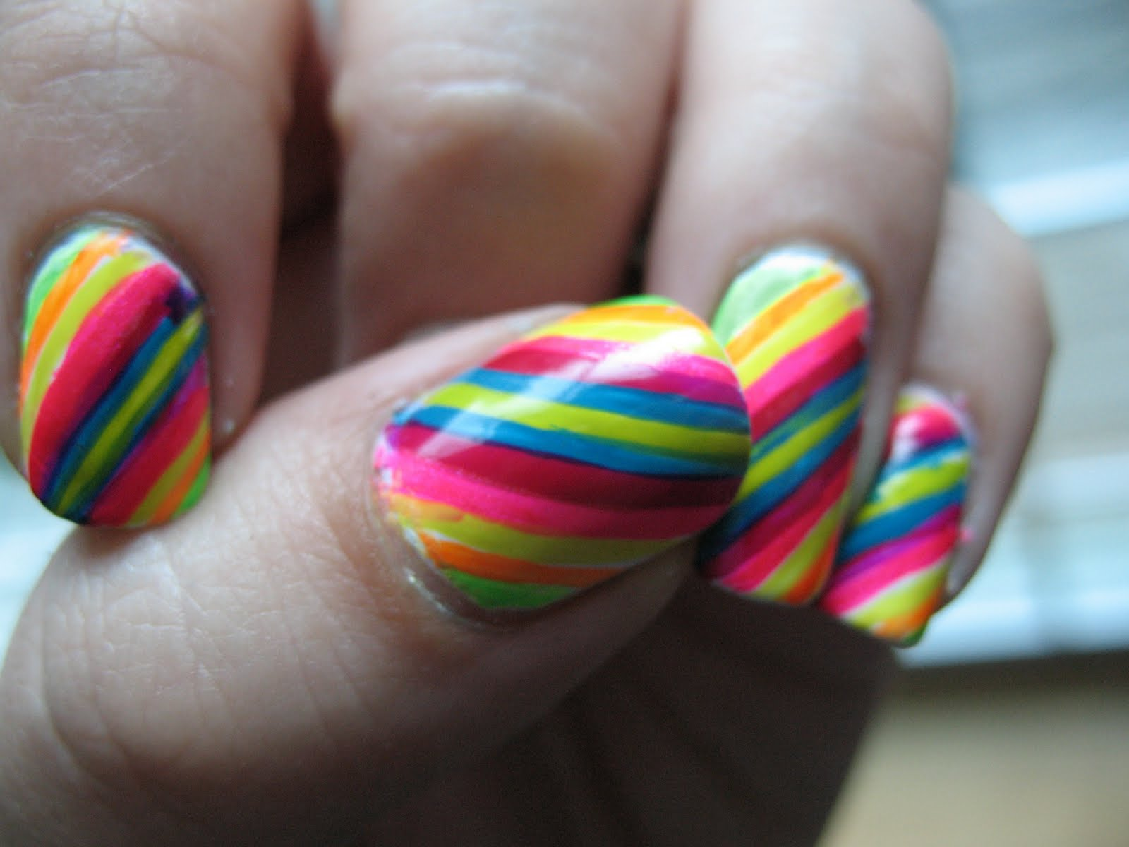 Teenage Glam: Neon Colors Nail Art