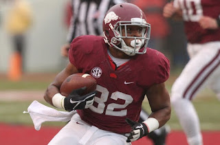 Arkansas RB Jonathan Williams suffers foot injury, out for extended period of time.