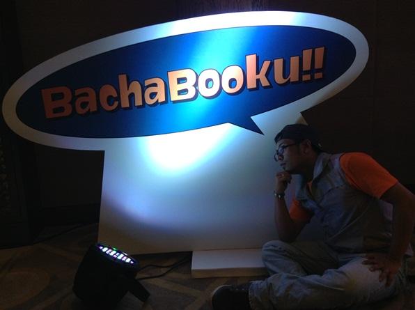 Bachabooku Bachabooku adalah portal e-buku. Korang boleh beli lebih daripada 700 penerbitan elektronik termasuk buku dan majalah daripada penulis tempatan dan penerbit tempatan. Pelanggan juga boleh menikmati tawaran sehingga 50% daripada harga runcit untuk langganan 12 bulan atau lebih. Bachabooku juga selaras dengan inisiatif kerajaan Malaysia untuk menjadikan lembah klang sebagai hab e-book  Asia. Kandungan e-book juga adalah mudah, murah dan mesra alam kerana ia terus masuk ke dalam smartphone pengguna. Dan Celcom juga akan menampilkan surat khabar dalam perkhidmatan ini dalam masa terdekat.