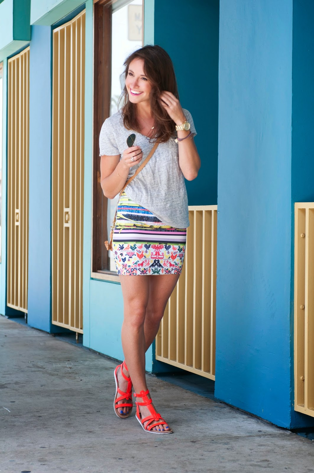 statement-mini-skirt-bright-colors-prints