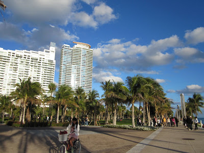 South Pointe Park is a gorgeous park at the tip of Miami Beach where you can watch cruise ships go by and enjoy some good relaxation time