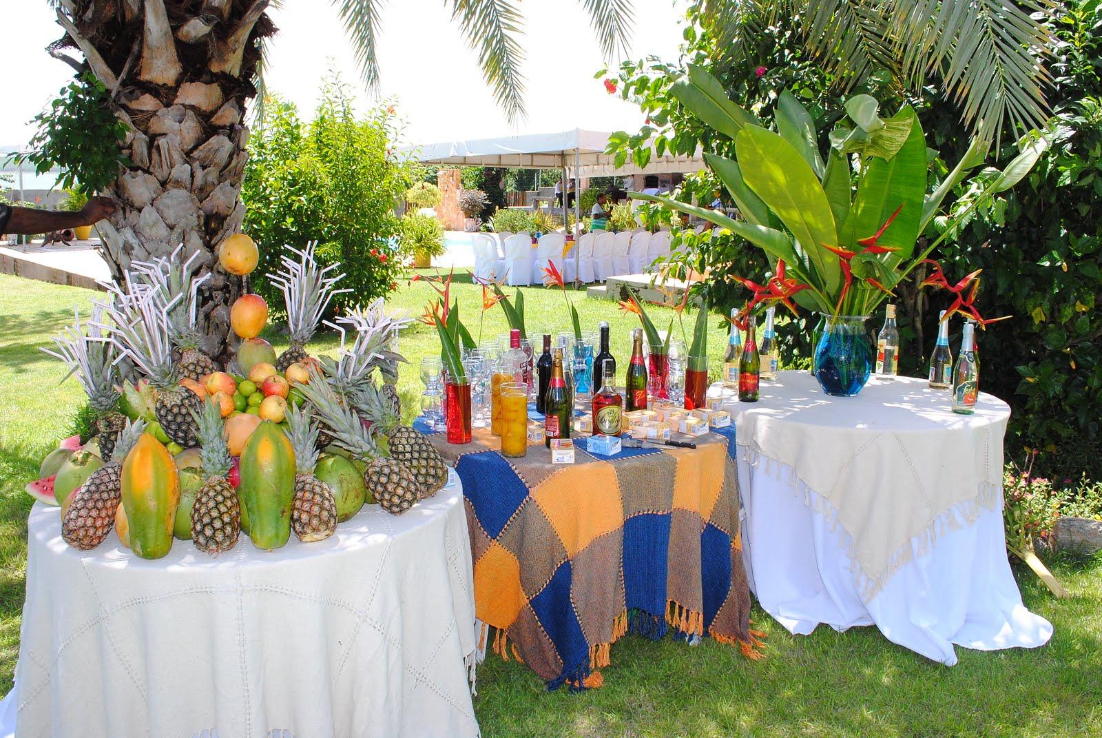 Como decorar uma festa havaiana online revista for Decorar online