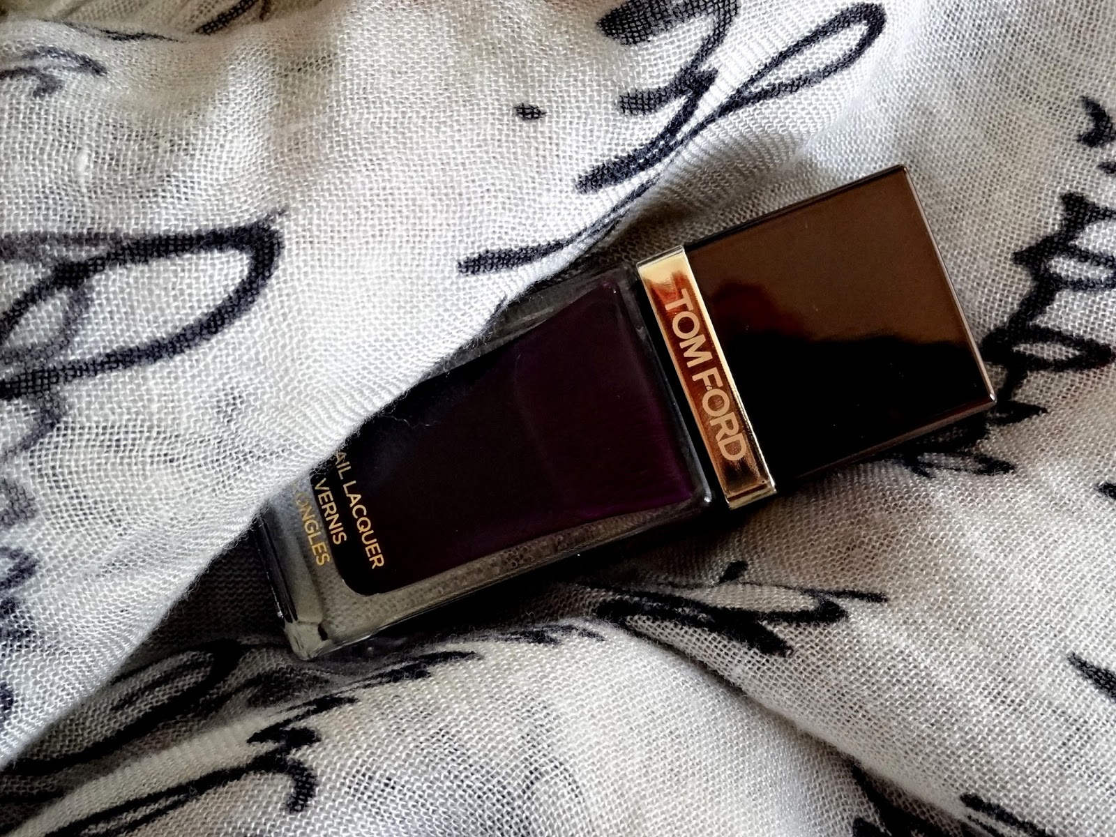 Tom Ford Nail Lacquer in Viper Review, Photos & Swatches