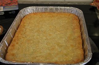 Dinner With The Grobmyers Paula Deen S Ooey Gooey Butter Cake