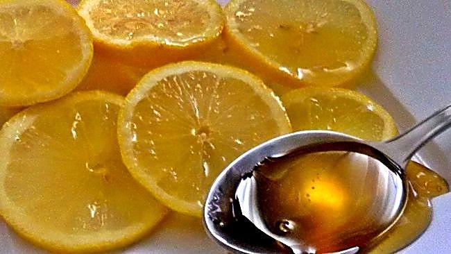 Mascarilla para la cara de miel y limón