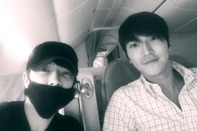 Siwon and Donghae en route to Manila (photo by Donghae)