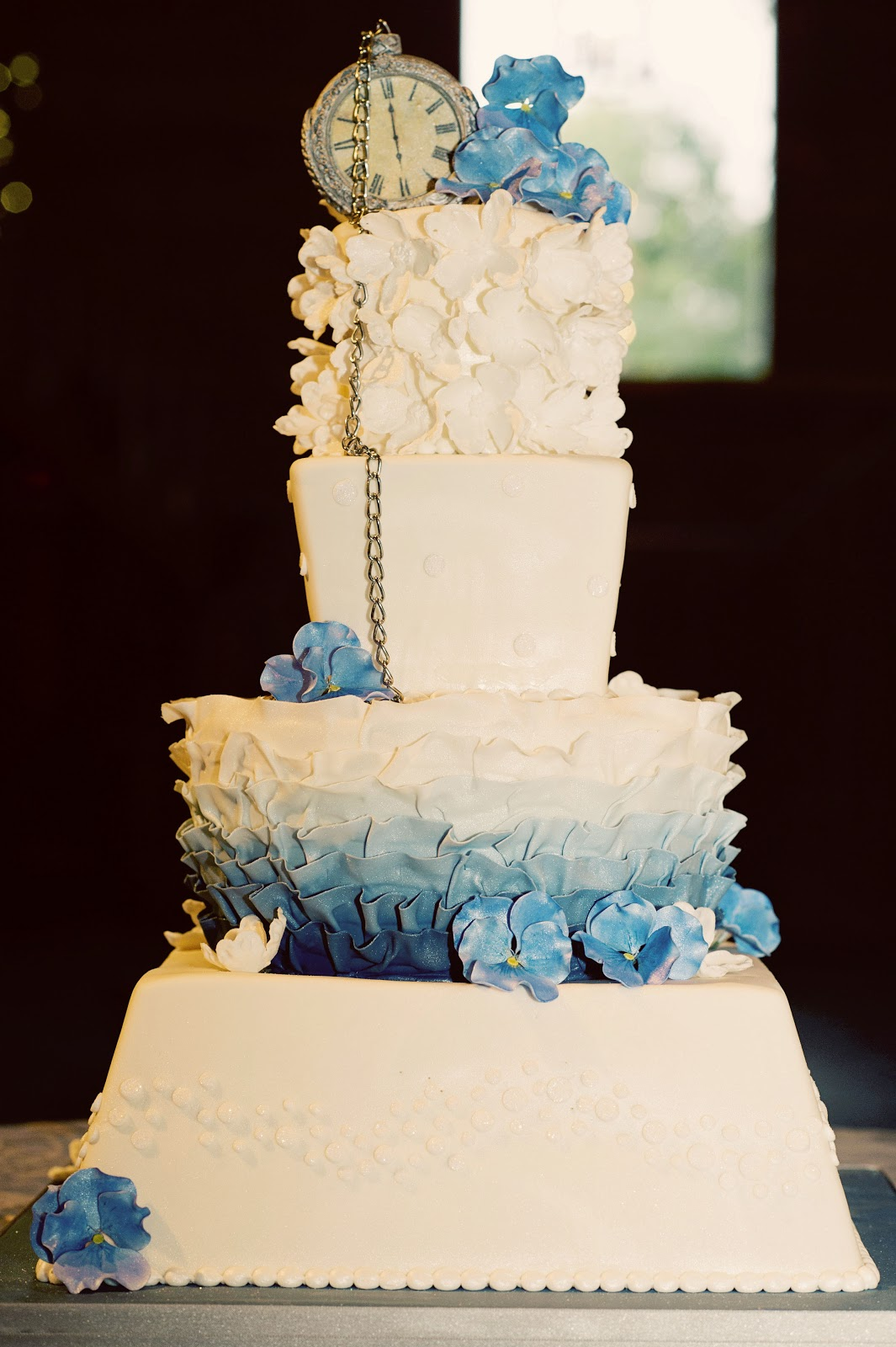 Gallery For Best Wedding Cakes 2012