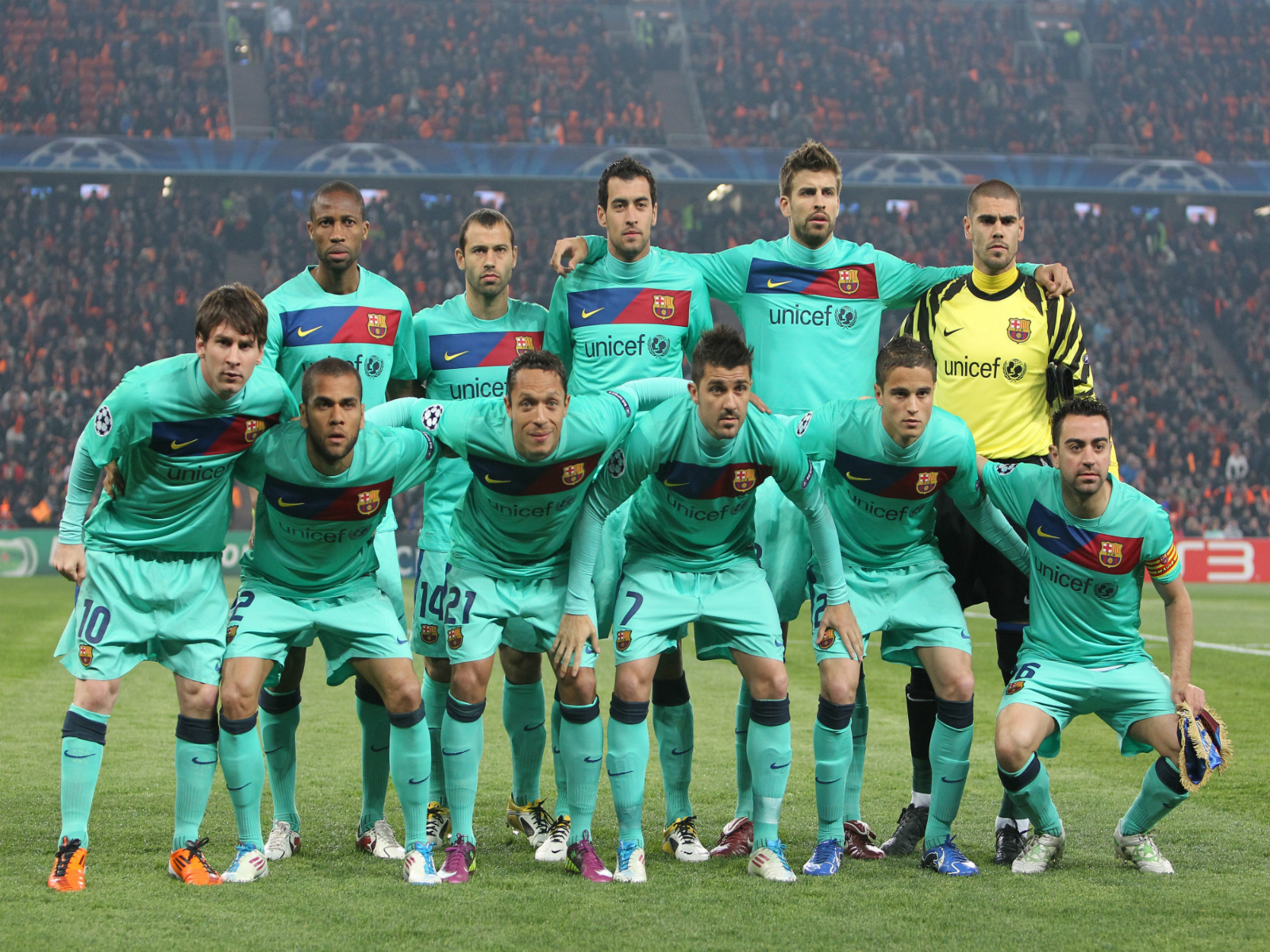 barcelona s football Fc barcelona, also known an barcelona or barca, is a football club based in  barcelona, catalonia, spain and plays in the la liga santander, spain's top.