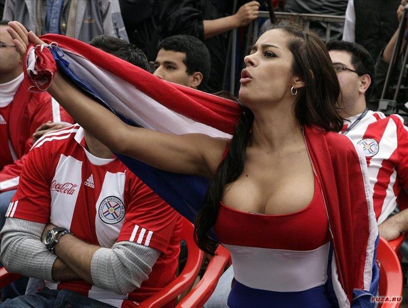сексуальные болельщицы футбола