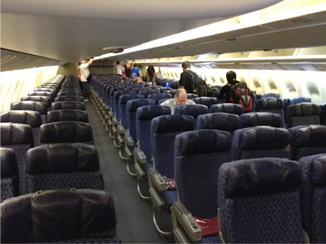 The Hopeful Traveler: American Airlines Flight 8: Honolulu to Dallas ...