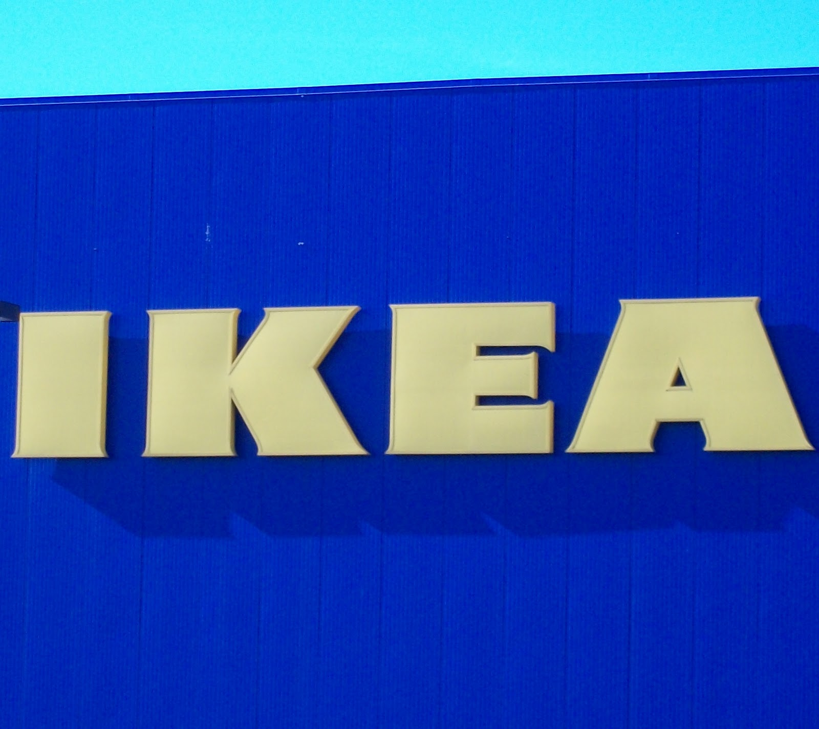 Confessions of a tumbleweed the good the bad and the ikea for Ikea hours minneapolis