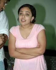 Nithya Menon Hot Navel Images