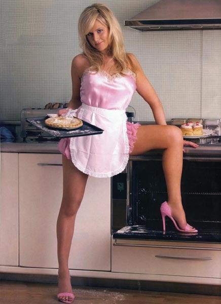 Absolute Hotness & Seductive Exposing Model Amy Green