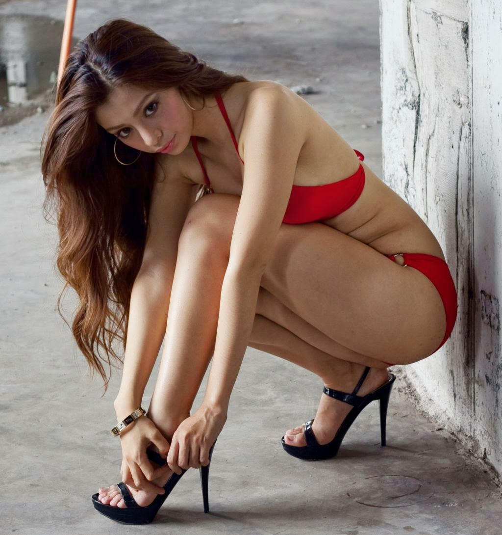 jem milton sexy bikini photos 03