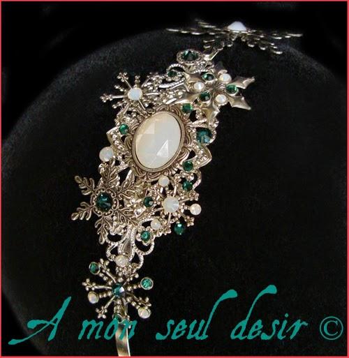Serre-tête flocon de neige strass Swarovski opale vert émeraude snow headband white opal green emerald rhinestones headdress Frozen Elsa Cristaux
