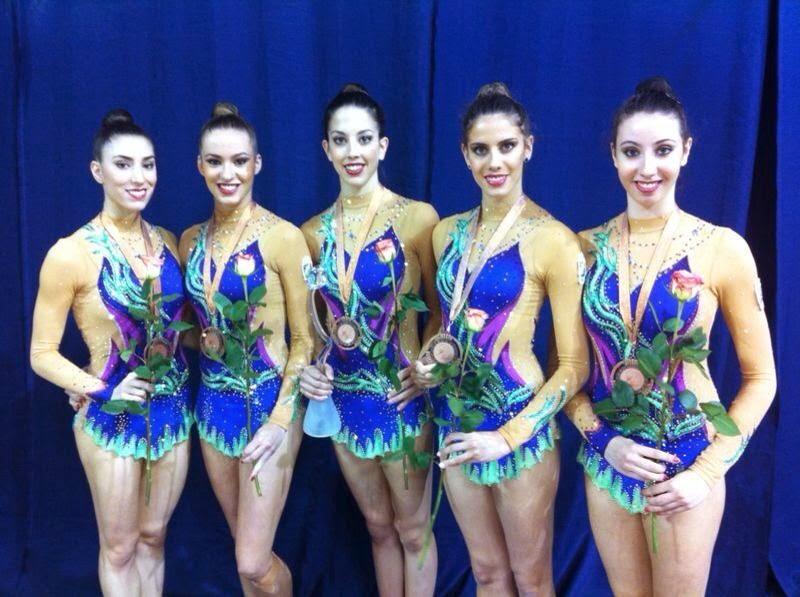 Sandra Aguilar, Elena López, Alejandra Quereda, Lourdes Mohedano y Artemi Gavezou-Castro