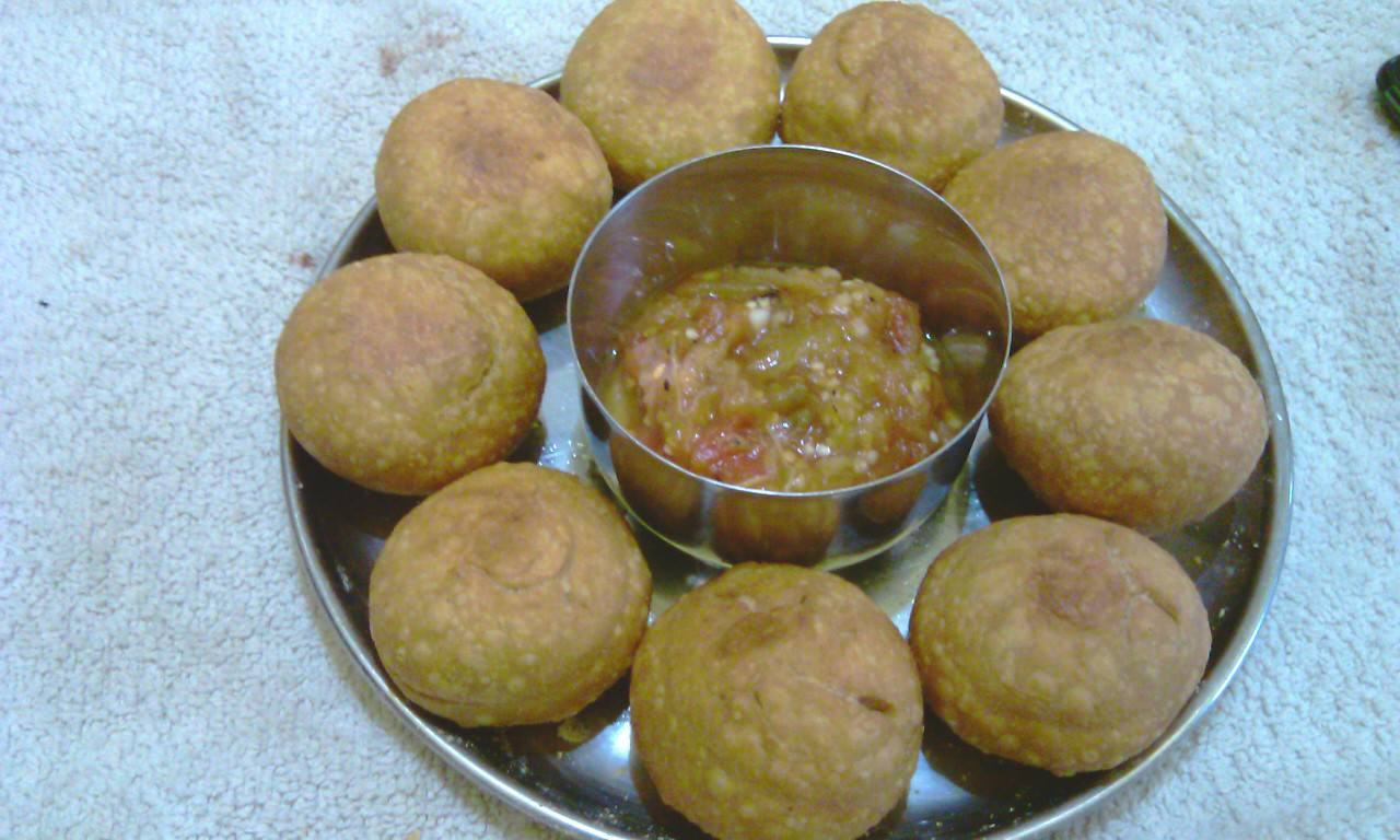 Priti recipes blog litti chokha recipe famous in bihar this recipe is awesome test and very popular in bihar but now everybody like this recipei hope you also like that forumfinder Choice Image