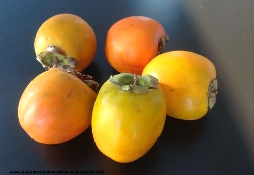 kaki sharonfruit