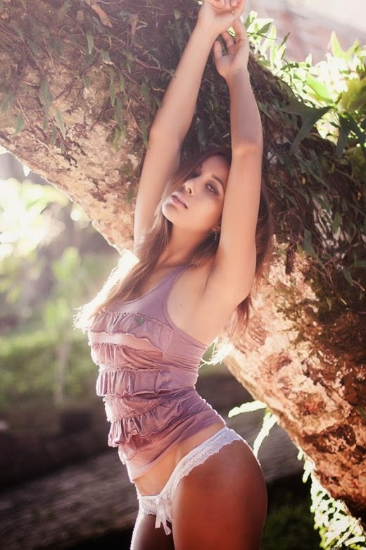 Henrique Cesar Faria fotografia mulheres modelos sensuais - Luiza Zimmer