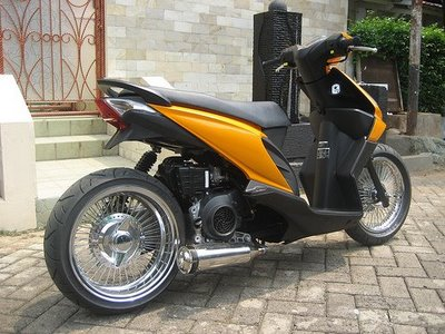 Modifikasi Motor Beat Low Rider