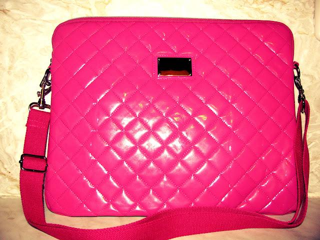 Primark Haul Frankfurt Nordwestzentrum -  Madame Keke Fashion & Style Blog - Pink Quilted Laptop Bag