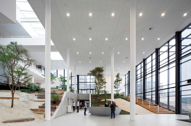 04-Conference-Center-by-ADP-Architects