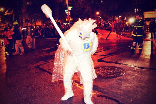 New York Halloween 2013 Kostüm Plastikfolie
