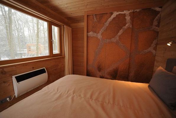 isoliertes Holzhaus von Holzplus