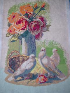 Розы и голуби