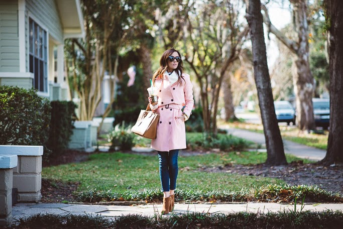 pink trench coat, trench coat, michael kore booties, tory burch robinson tote, starbucks,