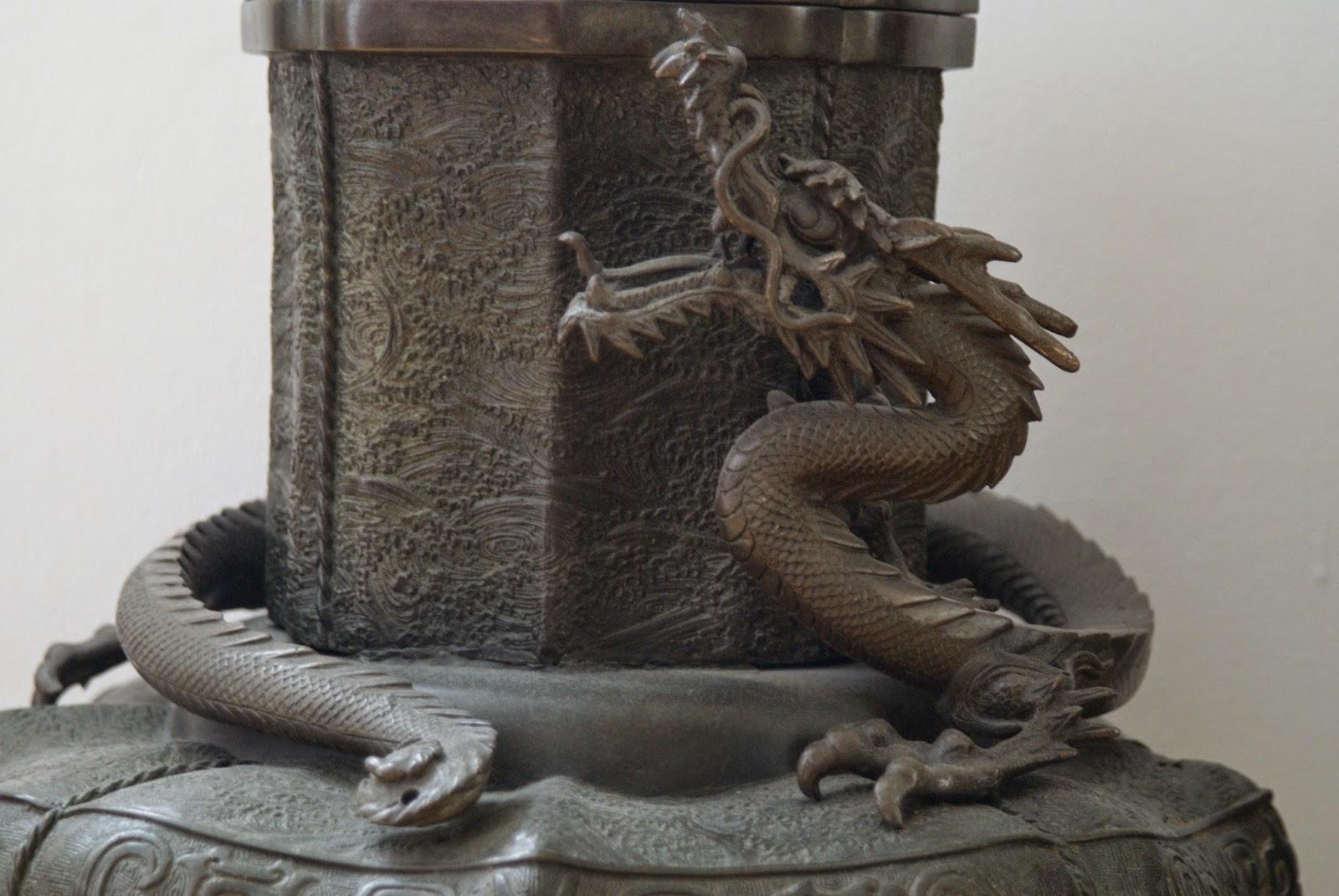 brûle parfum japonais en forme de dragon