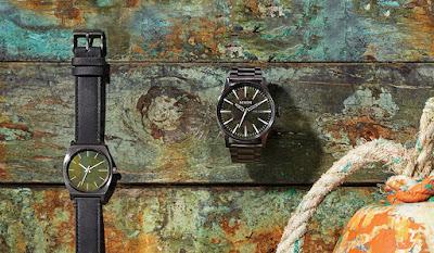Relojes Nixon de color verde oxidado