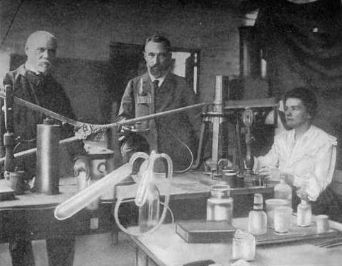 a report of marie and pierre curie on the discovery of polonium and radium Marie curie, in a biography of pierre curie, confirmed and fission were all performed with her polonium the discovery of radium: 26 december 1898.